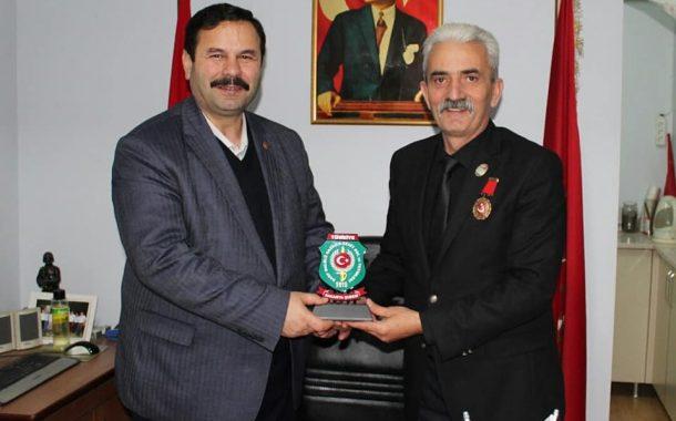 Türkiye Harp Malulü Gaziler Şehit Dul ve Yetimleri Derneği Sakarya Şube Başkanı Mustafa Çolak ve Yönetimi Derneğimizi Ziyaret Ettiler.